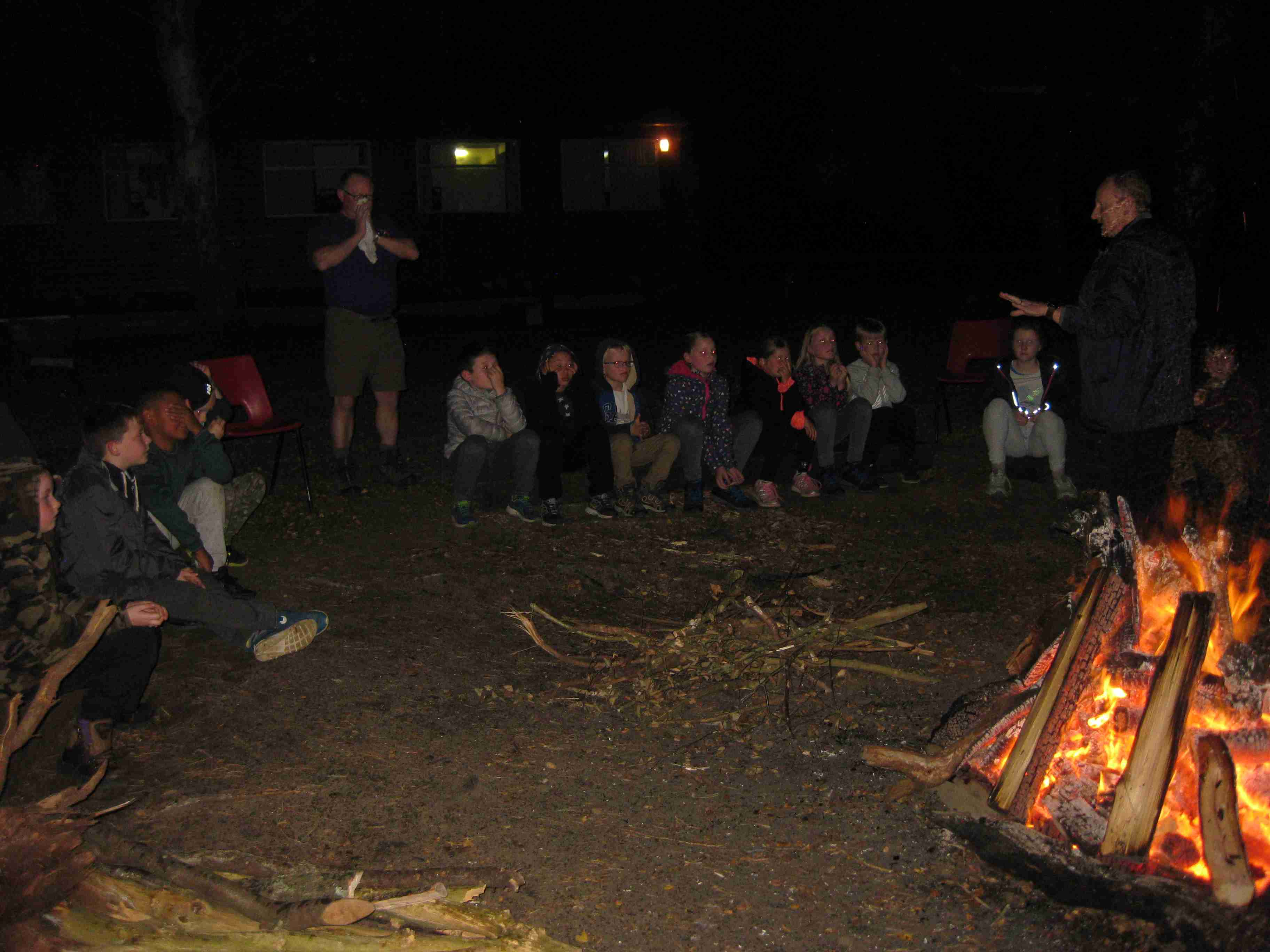 2017-10-07 7M Holiday Campfire (9)