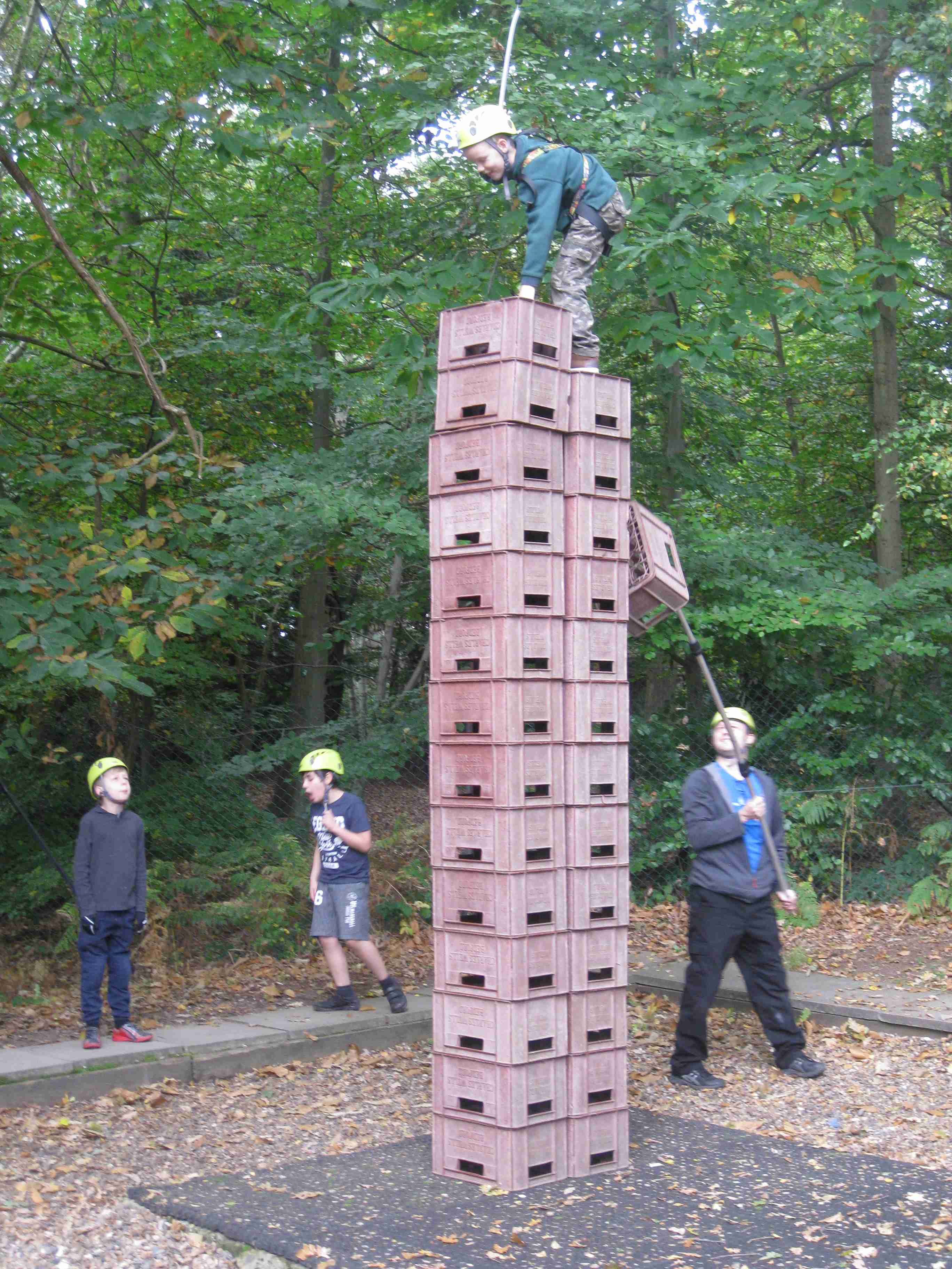 2017-10-08 7M Holiday Crate Stacking (66)